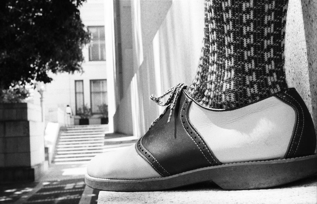Saddle_shoes