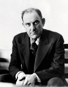 A click of Victor Lustig, the man who managed to sell Eiffel tower twice