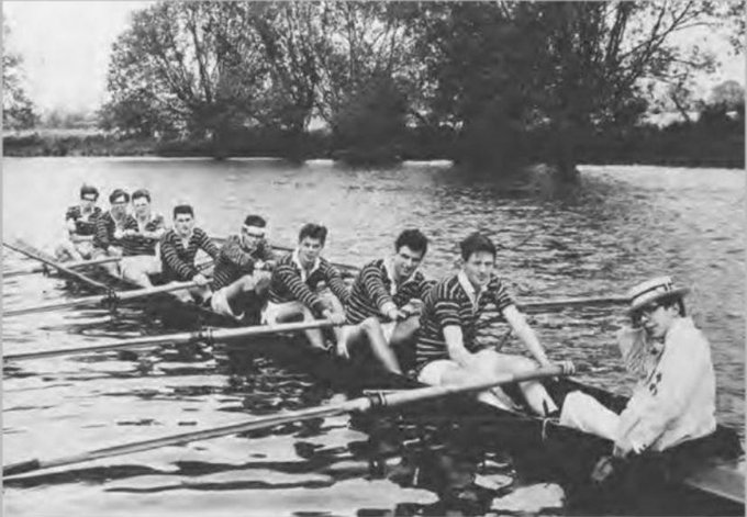 A picture of the University of Oxford's rowing team